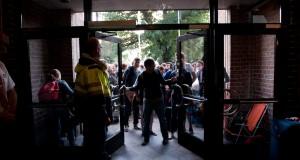 På Arrival day i augusti 2011 övernattade ett  60 tal studenter för att komma först i bostadskön. Arkivfoto: Jonas Jacobson