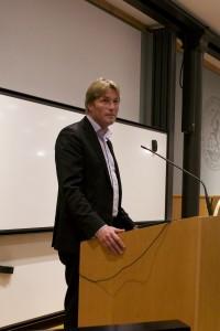Thomas Bodström bjöd på sig själv under föreläsningen på JiA-dagarna. Foto: Daniel Kodipelli