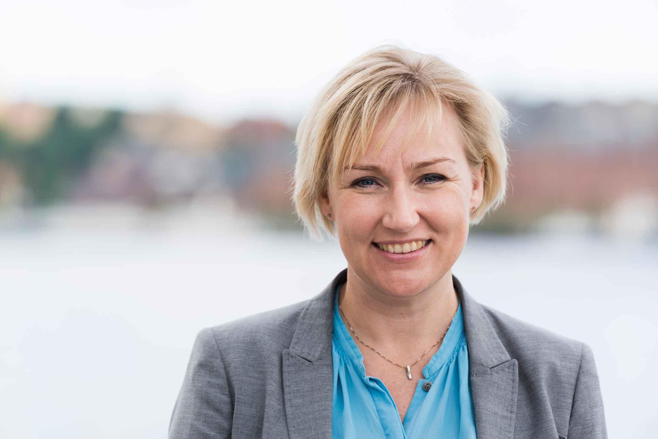 Helene Hellmark Knutsson är minister för högre utbildning och forskning. Foto: Press/Magnus Selander.