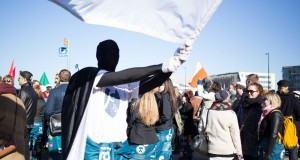 Studenternas protester på Medborgartorget i Helsingfors gav resultat. Foto: Daniel Kindstrand