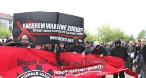 Nationalsocialister i Tyskland demonstrerar. Foto: Gonzo Lubitsch