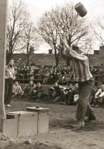 Siste april-lekarna 1935. Foto: AF:s arkiv