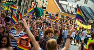 Så här såg det ut på förra årets Pride-parad i Lund. Foto: Press/Andreas Paulsson