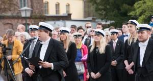 Oskar Styf, ordförande för Lunds universitets studentkårer, tar till orda under rektorsuppvaktningen. Foto: Daniel Kodipelli