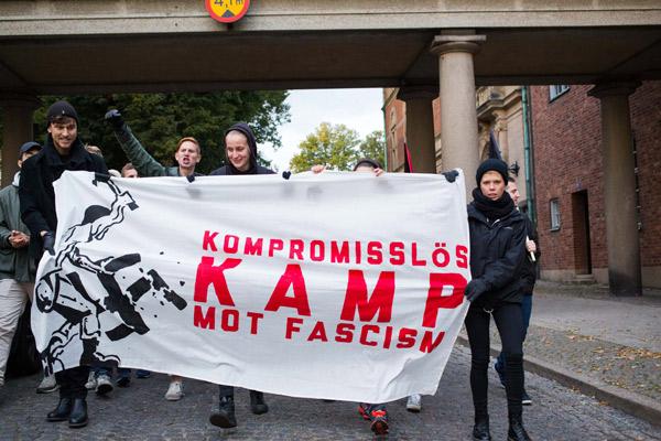 demonstration-dk8