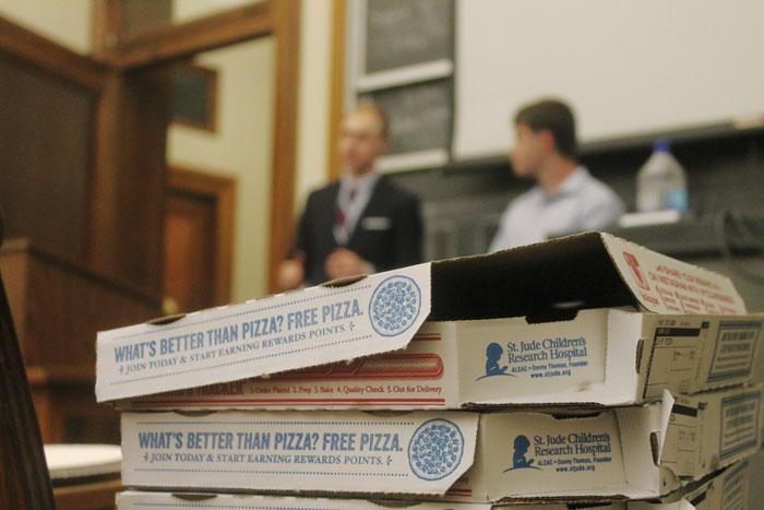 Columbia University College Republicans bjöd på pizza och debatt. Foto: Virve Ivarsson