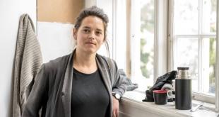 – Beslutet är befängt. Samtidigt hoppas vi att det kommer ändras så det inte påverkar nyantagna studenter, säger Selma Sjöstedt, som pluggat vid Konsthögskolan. Foto: Lukas Herbers
